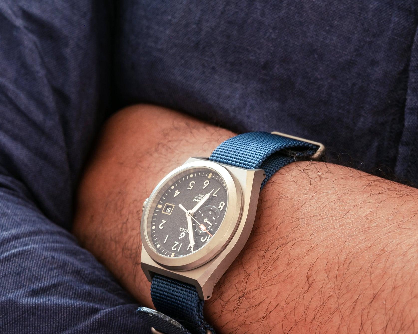 Boldr Venture Wayfarer on wrist