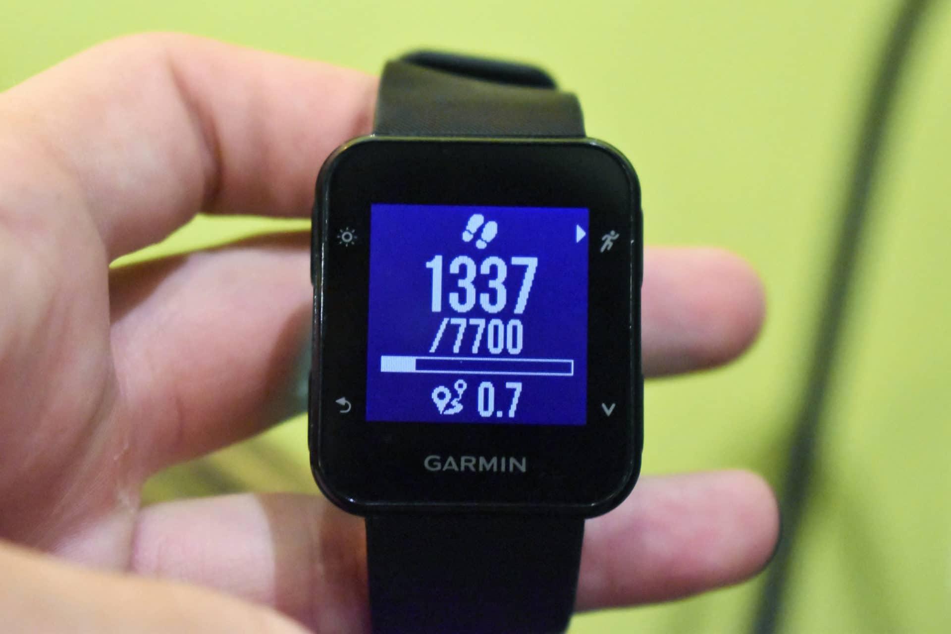 Garmin Forerunner 35 step counter