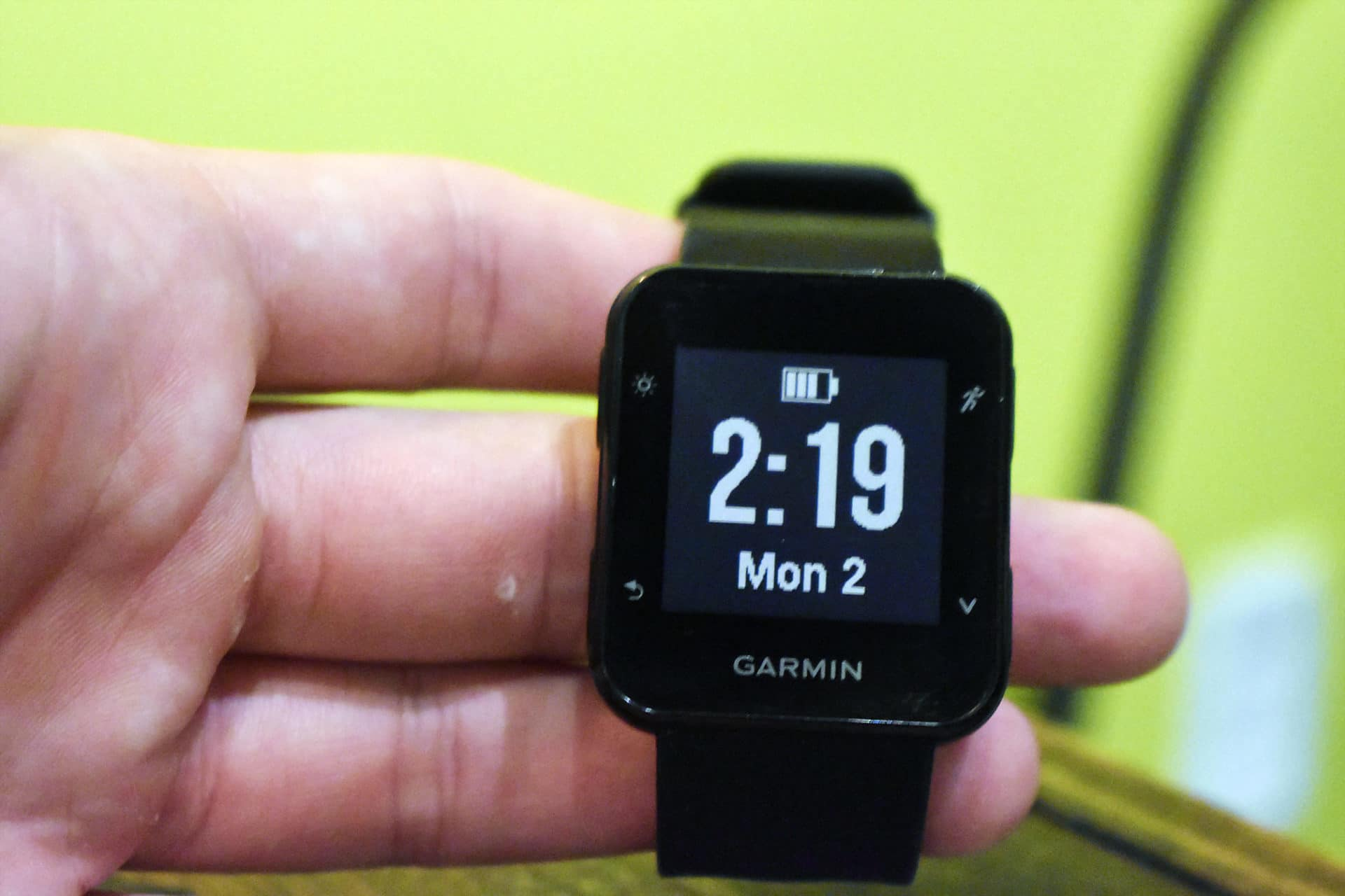 Garmin Forerunner 35 time and date display