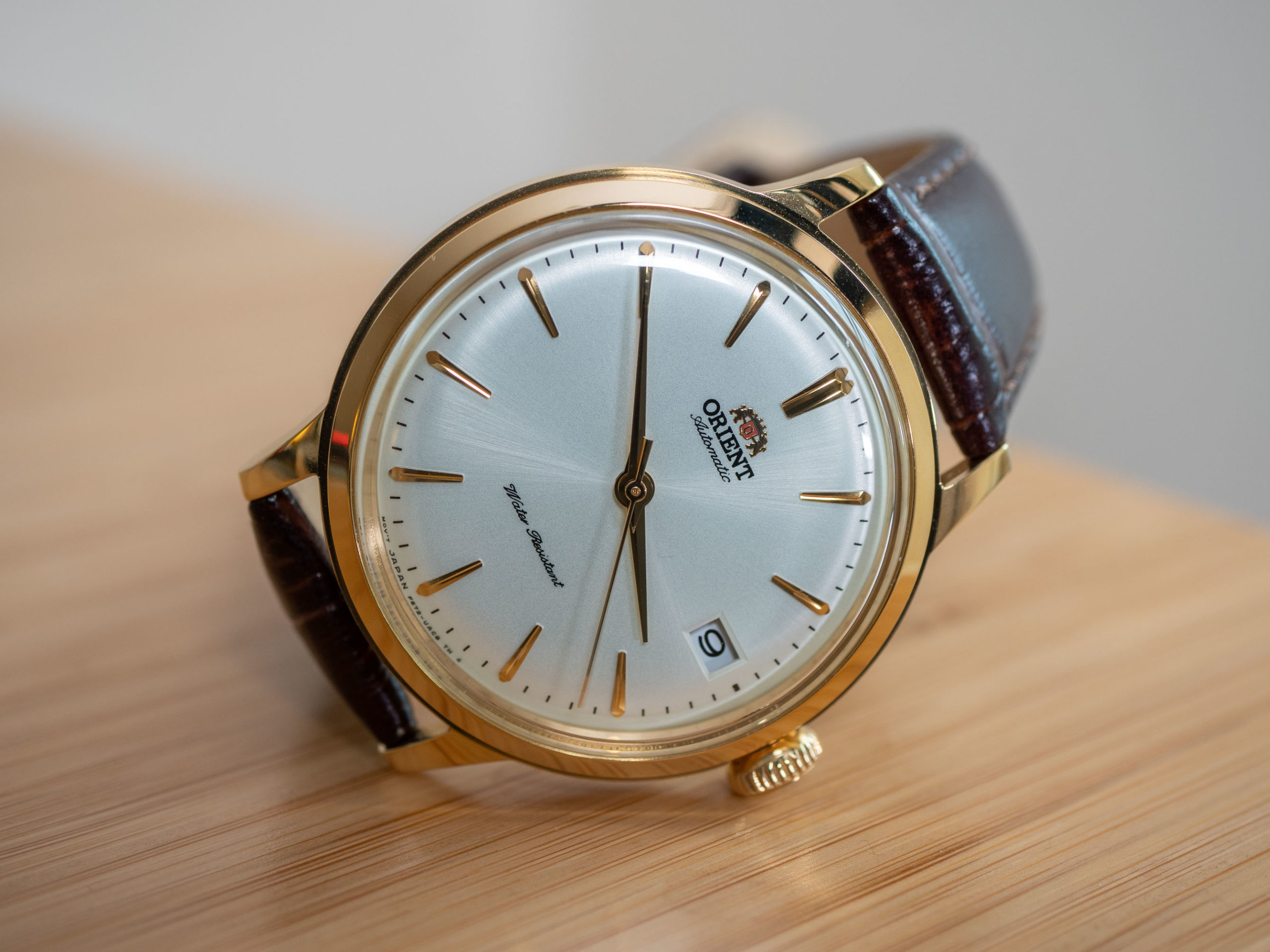 Orient Bambino 36 on side