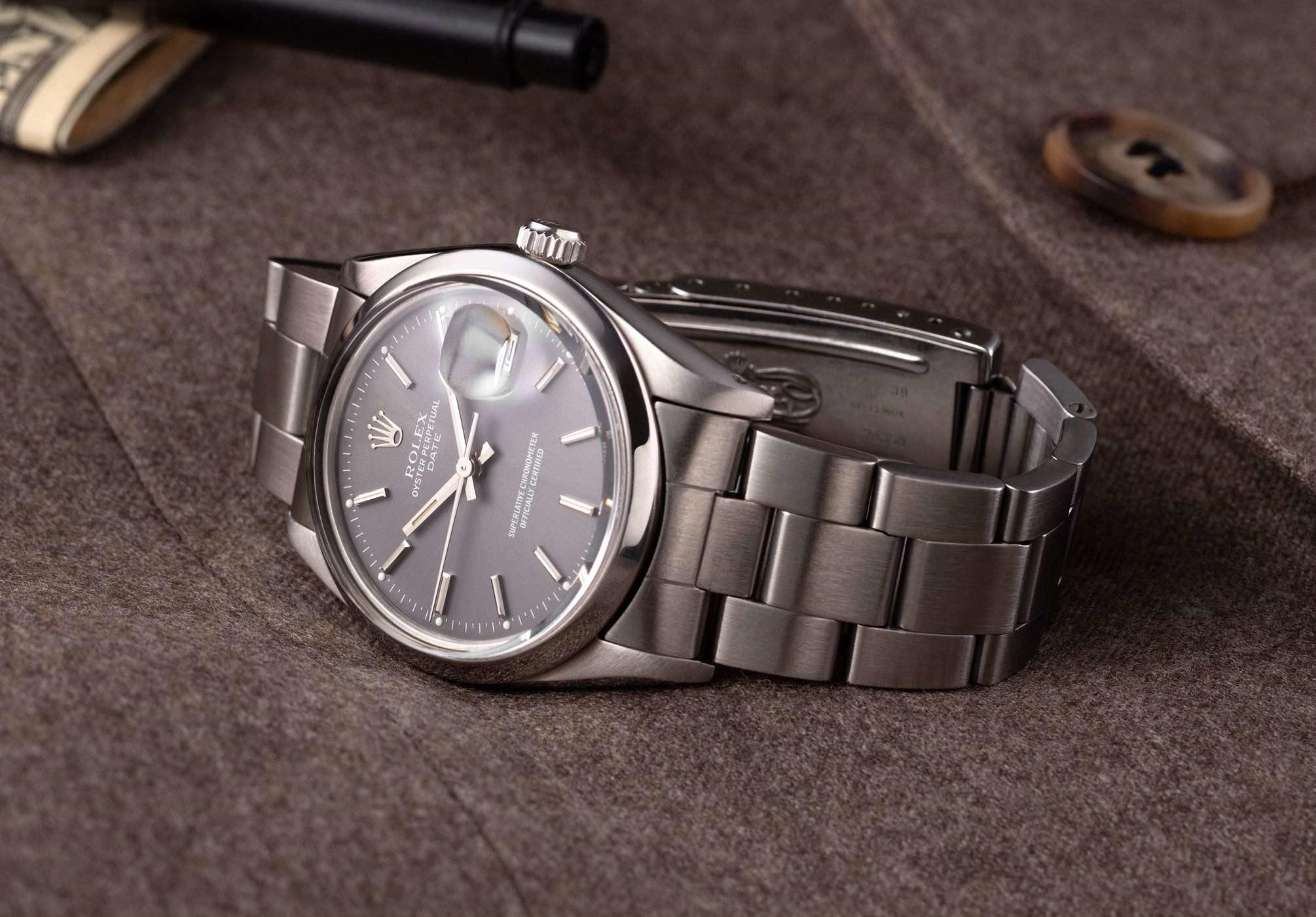 Rolex Oyster Perpetual Date 15000 grey dial