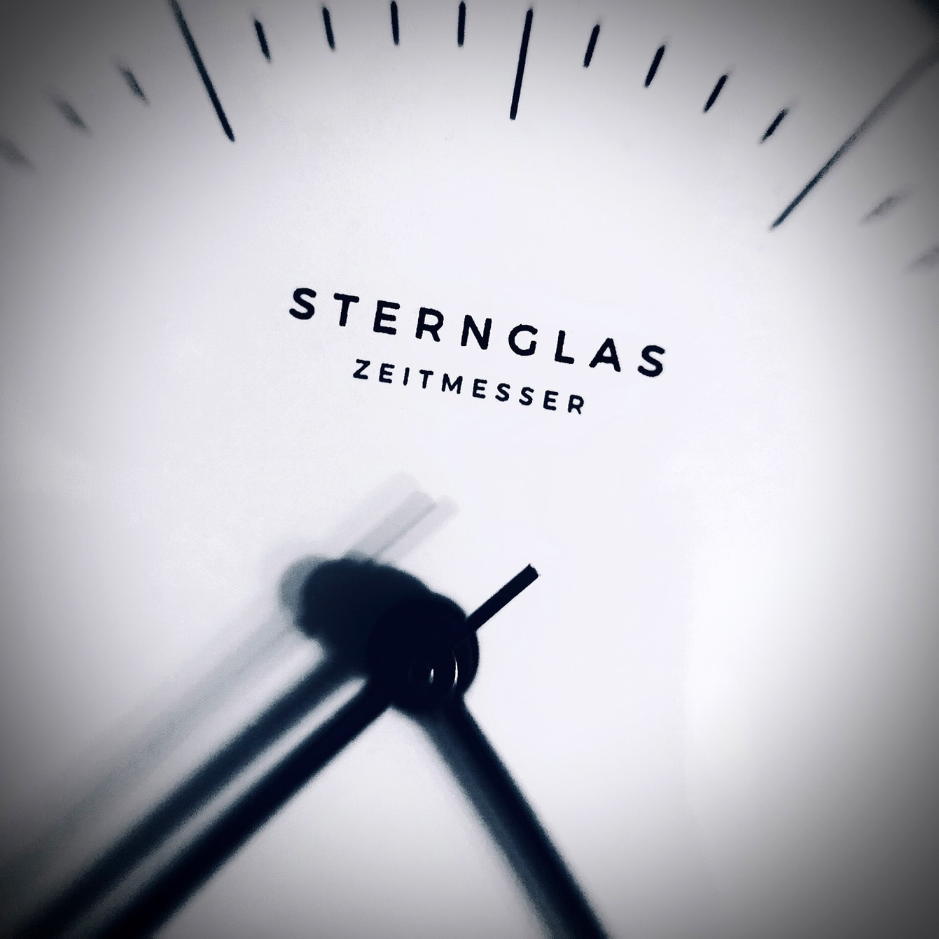 Sternglas Naos Automatic dial close up