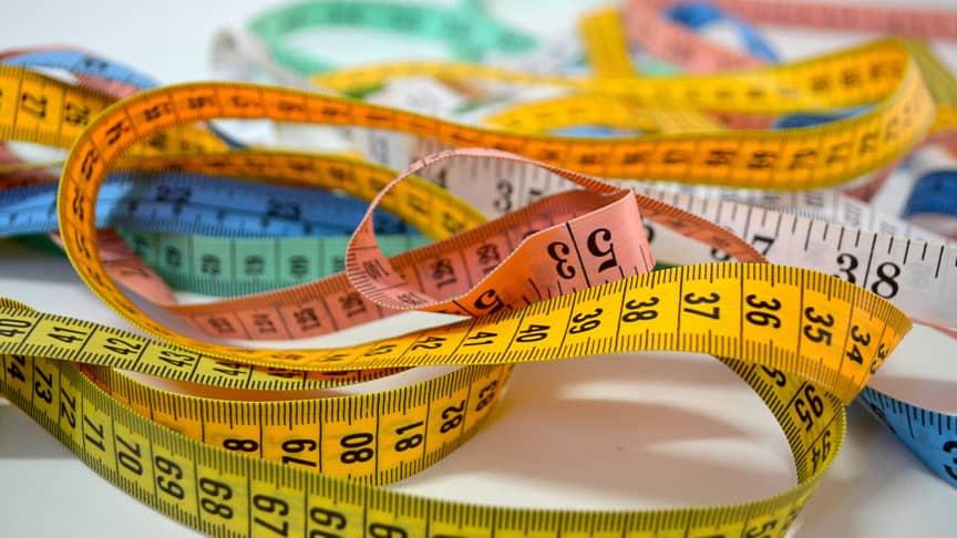 measuring tapeq