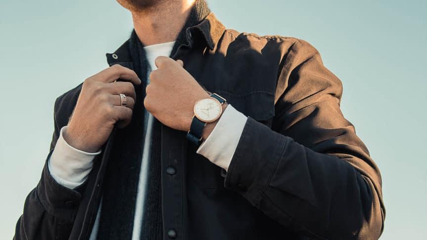 Can Men Wear Womens Watches